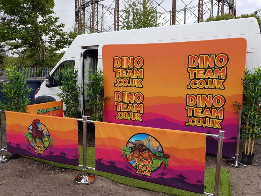 Dinosaur event hire London